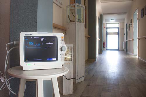 Intensivpflege EKG Überwachung mit PiA24 Stunden